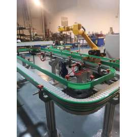 Bottle and carton transmission conveyor automation line with robot