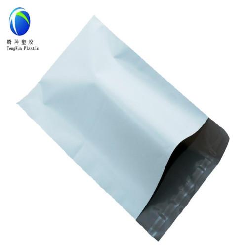 أكياس البريد البلاستيك اللون الأبيض ساعي مع مواد عذبة ذاتية اللصق 100٪
