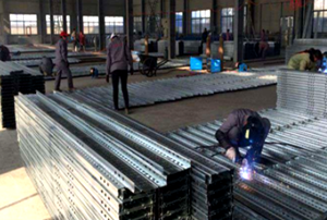 More than 5 years working life galvanized metal scaffolding perforated steel plank