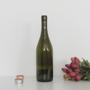 High quality 750ml screw top burgundy bottle/empty wine glass bottle/ antique green wine glass bottle