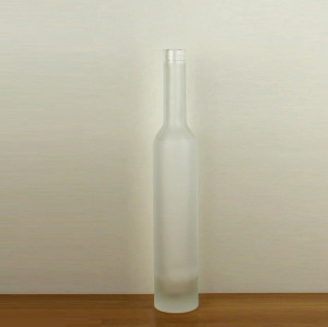 375 ml clear glass wine bottles with cork finish