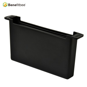 Customized Black Plastic Squre 19.29*3.15*9.055 inch Bee Feeder With Beekeeping Supplies