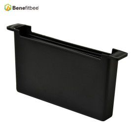 Plastic Square bee feeder Customized Black Plastic Squre Feeder With Beekeeping Benefitbee