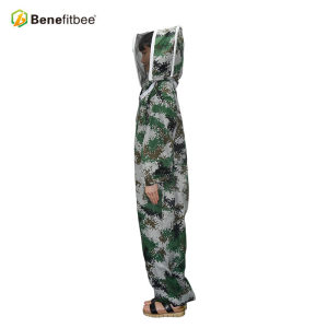 Customized Green Breathable Camo Bee Proctective Clothes PVC Bee Suit For Beekeeper