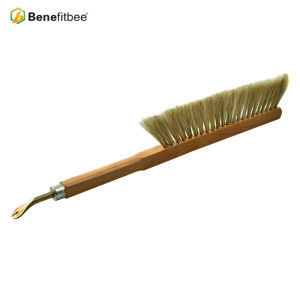 Dual Rows Beekeeping Tools Wooden Nail Purcher Handle Horse Hair Bee Brushes