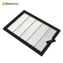 Benefitbee Beehive Anti-Rust Plastic Coated Stainless Steel Bee Queen Excluder Beehive Accessaries