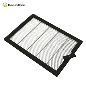 Beekeeping Equtiment Beehive Anti-Rust Plastic Coated Stainless Steel Bee Queen Excluder,Beehive Accessaries