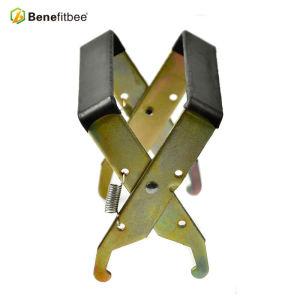 Wholesale Flat Plastic Handle Metal Beehive Tools Frame Grip For Beekeeping Equitments