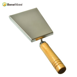 High Quality Mini Beekeeping Equitment Wooden Handle Beehive Shovel