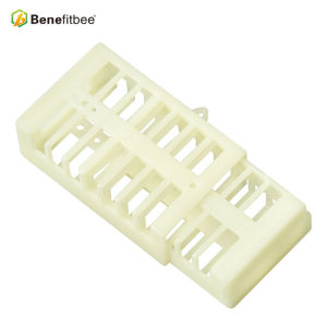 Beekeeping Tools White Muti-Function Plastic Queen Cage For Queen Rearing