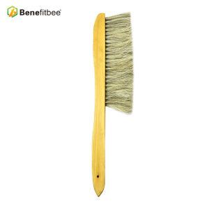 Spindle-shaped Dual Rows Wooden Handle Bee Brushes For Beekeeping Tools