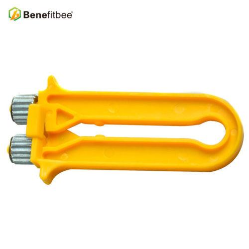 厂家直销养蜂工具巢框紧丝器(镀锌头)黄色蜂具批发