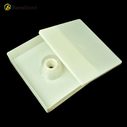 厂家直销养蜂工具 蜜蜂塑胶方型顶式喂食器 供应蜂具配件批发