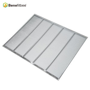 Apiculture Equipment Stainless Steel Beehive Frames Tools Bee Queen Excluder(2 edges rimmed) For Beekeeping Tools