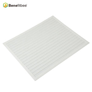 Customized Beekeeping Equitment  White Plastic Bee Queen Excluder For China Beekeeping Supplies