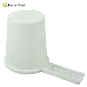 Wholesale Beekeeping High-Quality Bee Entrance Feeders Supplies For Beekeeper