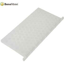 Benefitbee New product beekeeping tool plastic honey bee feeder for sale