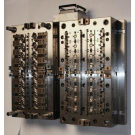 Multi-Kavitäten P20 H13 Kunststoffformen für elektronische Produkte