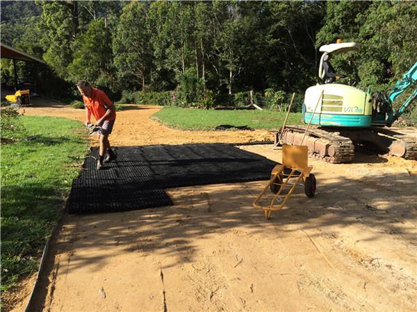 pavimentos de grama poroso plástico de lote de parque HDPE pavimentando grades