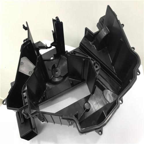 Los moldes de inyección de punta caliente de YUDO complican la inyección de herramientas de plástico por 1680 toneladas