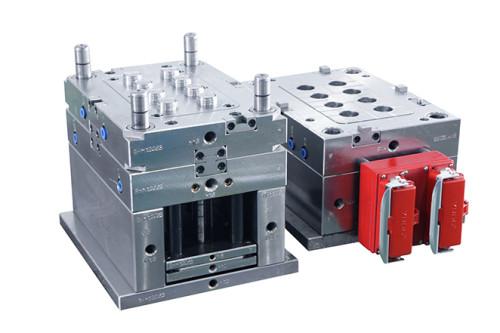 top moules fournisseur EDM CAD dessin de 2 plaques moule 4 curseurs moule d'injection