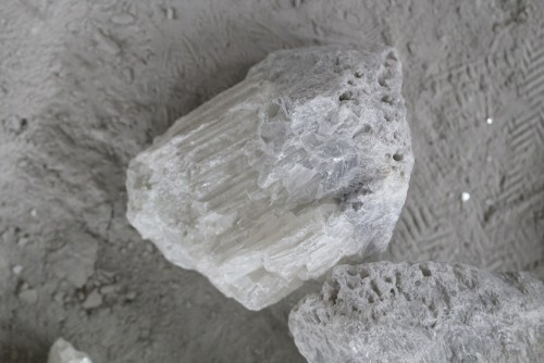 large crystal fused magnesia 97%