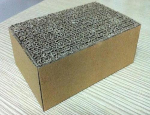 Invert corrugated board - pallet feets material