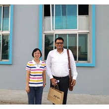 Indian buyers visited and highly praised our factory