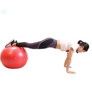 ProCircle Anti Burst Yoga Ball in der Turnhalle zu Hause ausüben