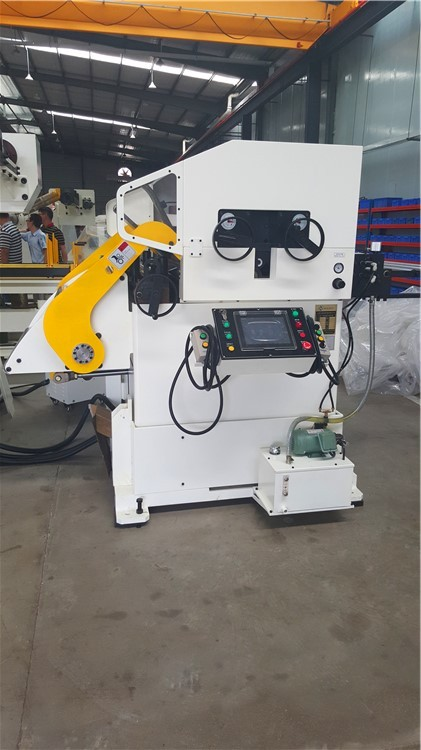 HongEr Servo Straightener Feeder