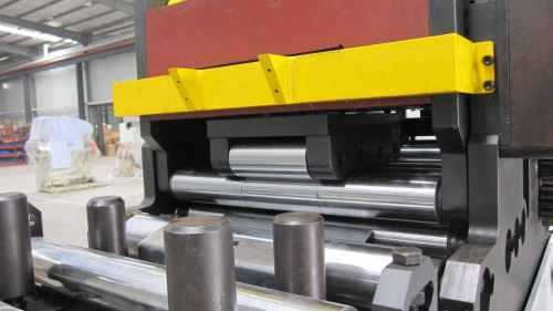 GLK4-1300H 1300mm Width Unit Uncoiler And Feeder Machine For Automatic Stamping Line In Press Room