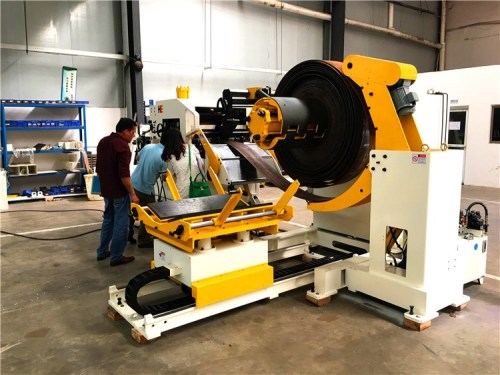GLK4-800 Decoiler Straightener Feeder 3 In 1 Machine For Brake Pads Stamping In Press Room