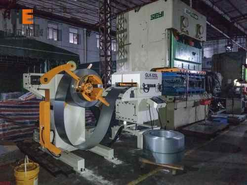 GLK2-600 3 In 1 Servo Coil Feeder Compact Seyi Press Machine For Chassis Shell Blanking