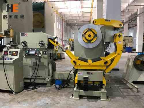 GLK2-500 3 In 1 Servo Feeder Machine With Mechanical Press For Heatsink Stamping Line In LED Light