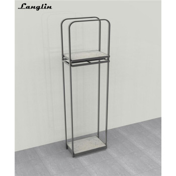 2018 New Design Delicate clothes display shelf for garment store