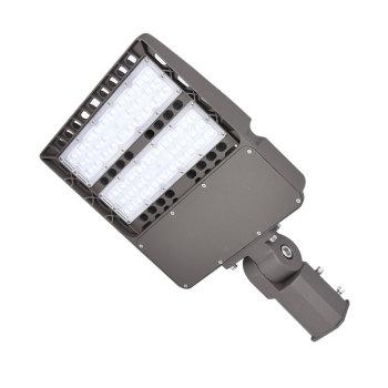 A gallumina tem uma garantia de cinco anos para lâmpadas LED industriais de 100w