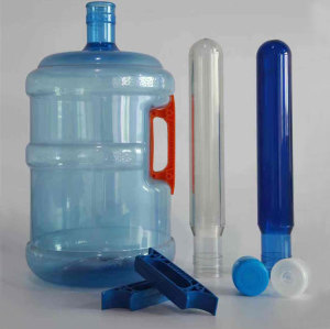 Finely processed 5 gallon injection preform mold pet bottle blowing machine