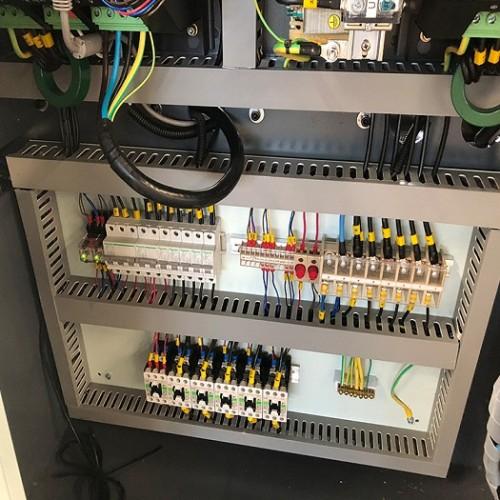 CST218/730 injection molding machine