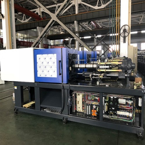 CST188/630 injection molding machine