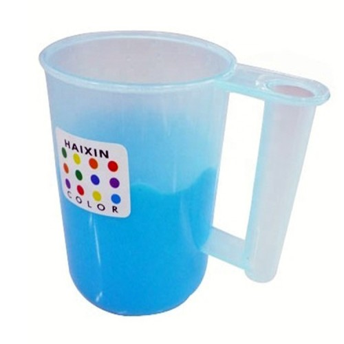 China manufacturer injection mold Children's water cup plastic bottle mold