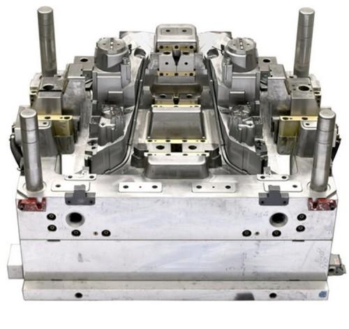 China factory design injection bumper plastic auto mold,auto parts mold