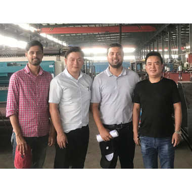 Warmly welcome our Nepali friends visited our gabion machine factory.