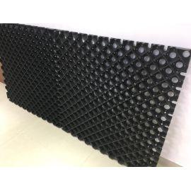 geo-textile paving reinforcement grids on driveway