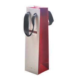 Fashional and high quality small paper wine bags with riboon handle made by china factory for wine