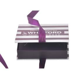 كتاب تصميم جديد على شكل صندوق من الورق المقوى المجوهرات السوداء الصغيرة مع مقبض الشريط وإدراج ورقة