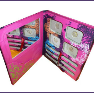 New design mini folding cardboard eye shadow cosmetic packaging printing with matt lamination