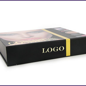 Fashional cosmetic gift packaging box sets for packing lipstick and powder with PVC insert