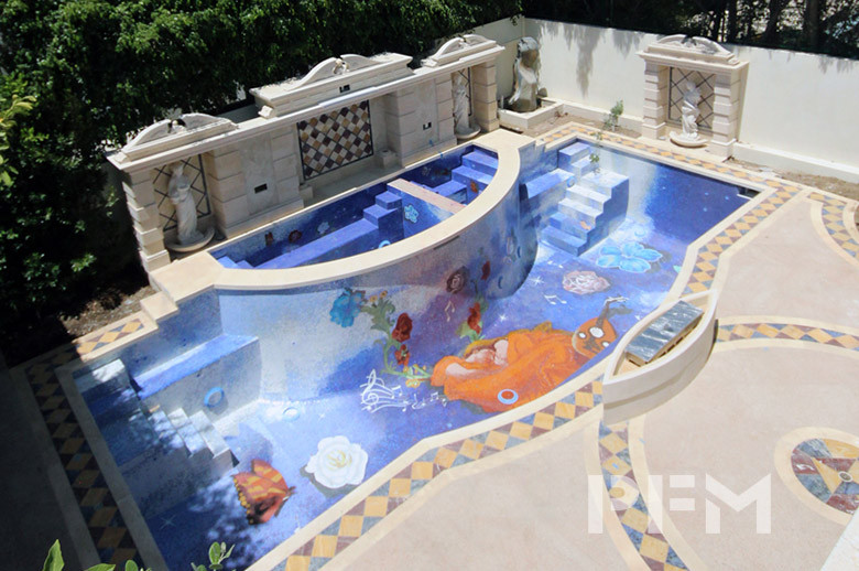 Beverly Hills villa swimming pool