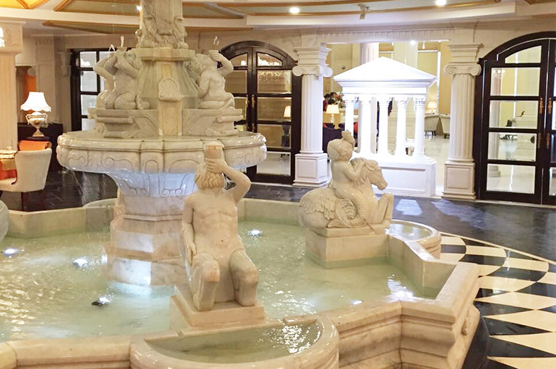 Jaipur Five Star Hotel large marble fountain