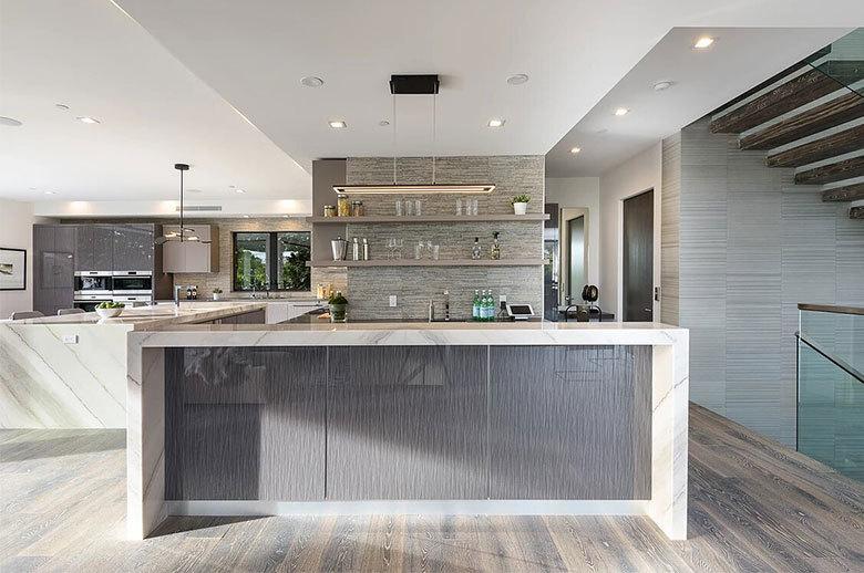 Kagawa Modern Residence open-plan kitchen design